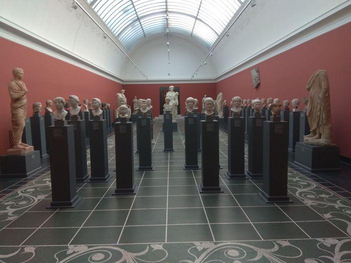Sala de retratos romanos